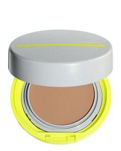 Shiseido Sun Makeup BB sport compact light, 12 ml.